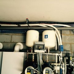 New improved expansion vessels fitted to Pumpworld smart pro 12 pump set.