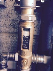 Fitting flow valves on a GSHP to check correct flow rate